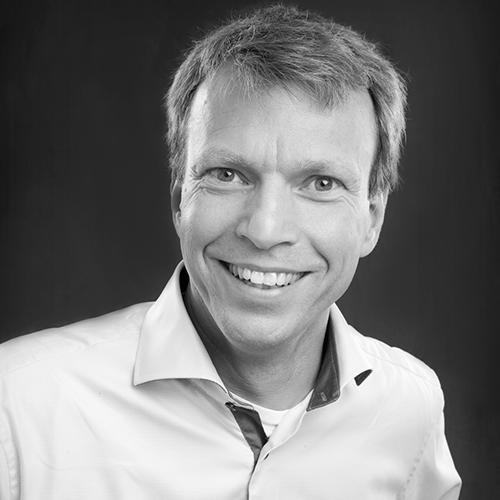 Mattias Ejbe, Astrakans lärare inom projektledning